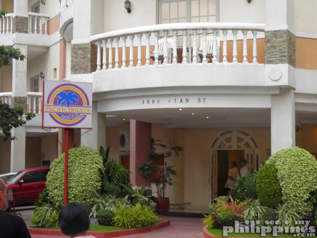 Pacific Breeze Hotel Main Entrance