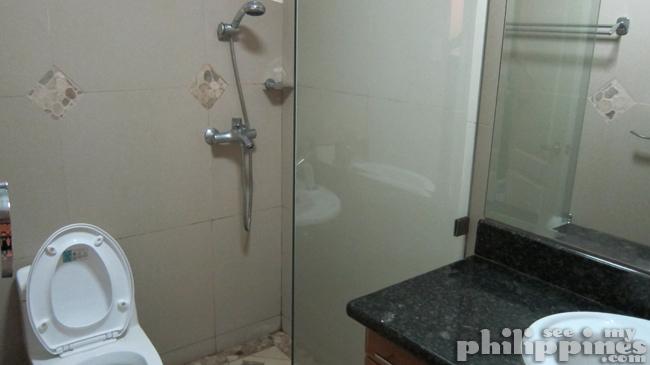 Affinity Hotel Bathroom Angeles City